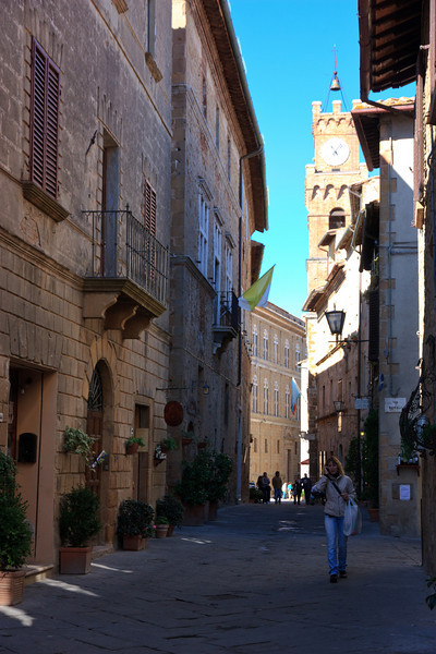 """Pienza is a rare example of Renaissance town design. Sometimes described as the """"ideal city"""" or the """"utopian city,"""" it represents one of the best planned of Renaissance towns, where a model of ideal living and government was attempted, based on the concept of a town able to satisfy the needs of a peaceful and hardworking populace."""