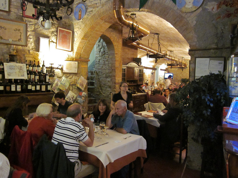 We had a light dinner at Ristorante La Stella -- a warm, friendly place we liked so much we end up eating there the next night too.