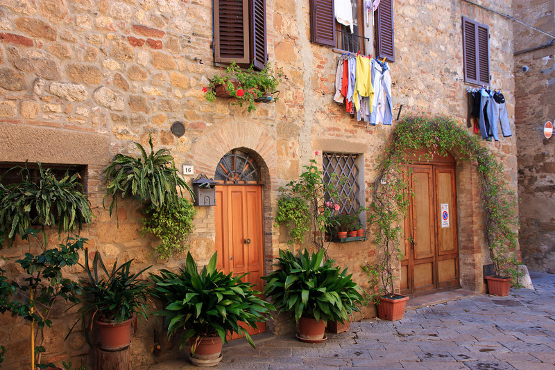 But what caught our eyes the most was the colors and textures of the city's streets and doorways . . .
