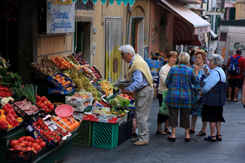 . . . and the locals were out buying their fruit and vegetables for the day . . .