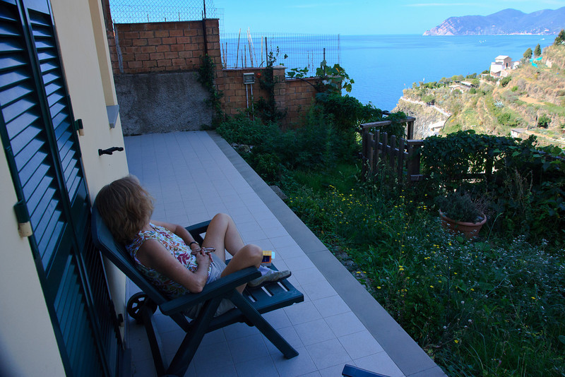 The next day we slept late and spent a good part of the morning moving to an apartment in the upper part of the village. Incredible views of the sea . . .
