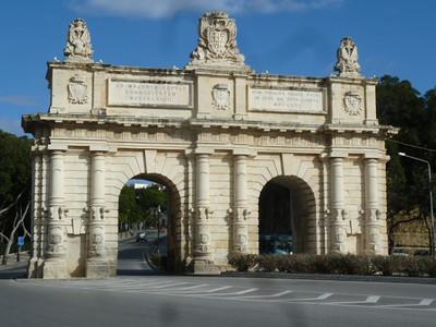 Floriana: Porte des Bombes, gateway to Floriana