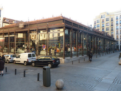 Mercado San Miguel, adjacent to Plaza Mayor