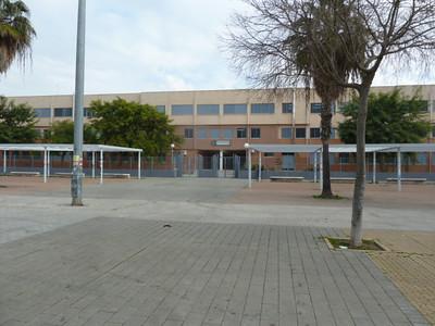 the school where Jesús teaches