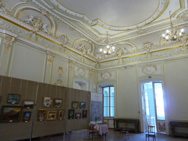 Museum of Eastern and Western Art