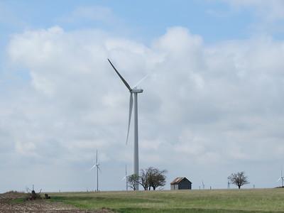 IMG_9027 Wind Farm along I 70 in Kansas