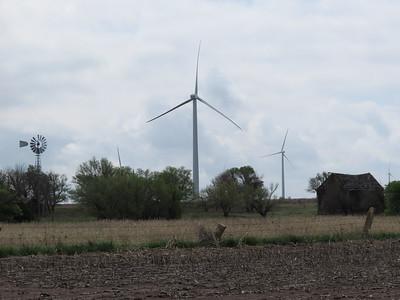 IMG_9029 Wind Farm along I 70 in Kansas