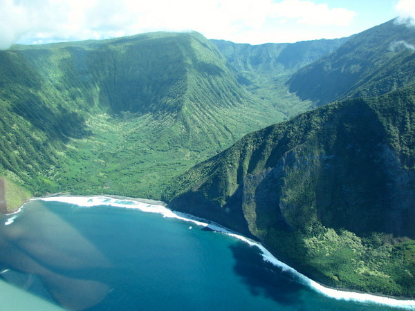 Molokai has some pretty amazing looking shorelines too! And believe it or not they boast the highest cliff-sides in the world... we'll be doing a tour through them in a few days so stay tuned! :-)
