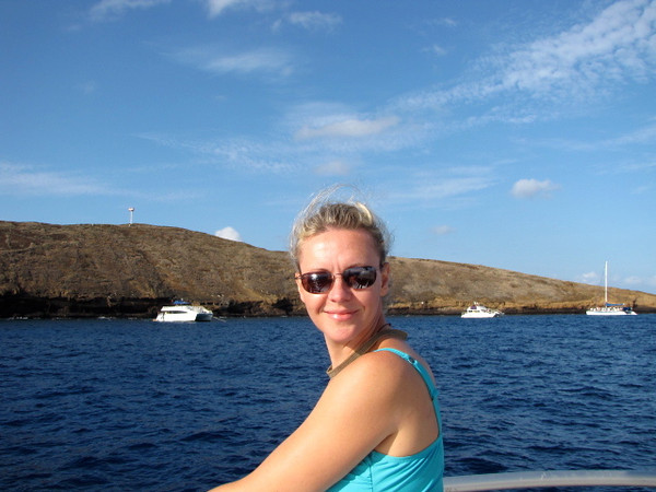 Nancy is looking pretty happy to be enjoying the morning at Molokini! :-)
