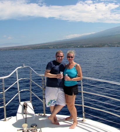 After our fun-filled adventure it was lunch, beer & scenic Cruising time around the waters that surround Maui... life doesn't get much better! :-)
