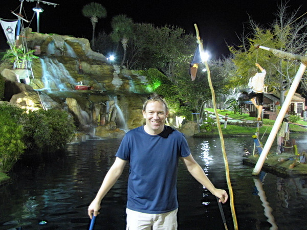There's a bunch of mini-golf places in Panama City Beach and many of them have very cool themes... as you can see behind Shawn this one was a Pirate theme... it was definitely a creative 36 hole course!