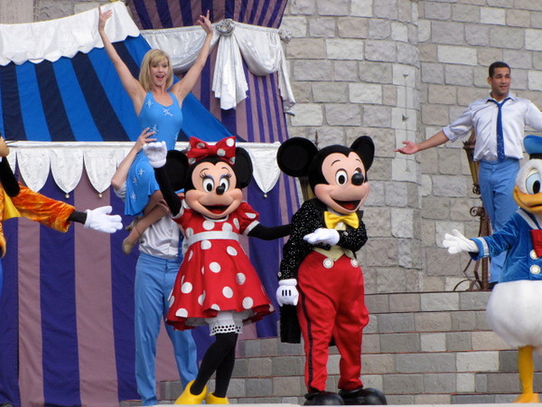 """There's everyone's favorite mouses... or is it mice... """"Mickey"""" & """"Minnie"""". :-)"""