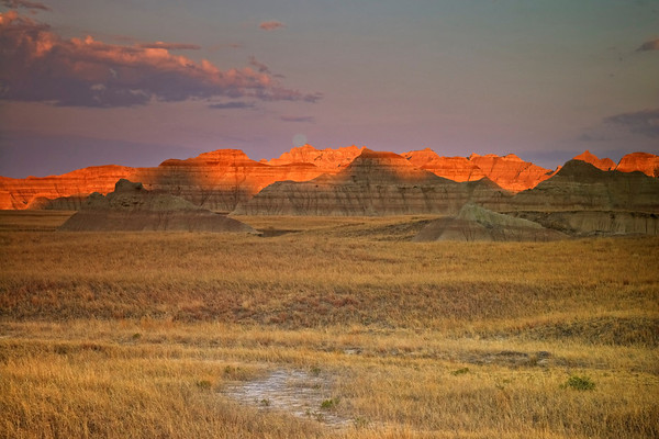 Moon and Sunset, Badlands, SD