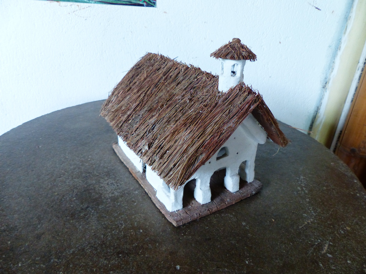 San Andres de Pisimbala had been famous for its old and beautiful thatched roof adobe church. Unfortunately it burned down in March 2013. This is a small model.