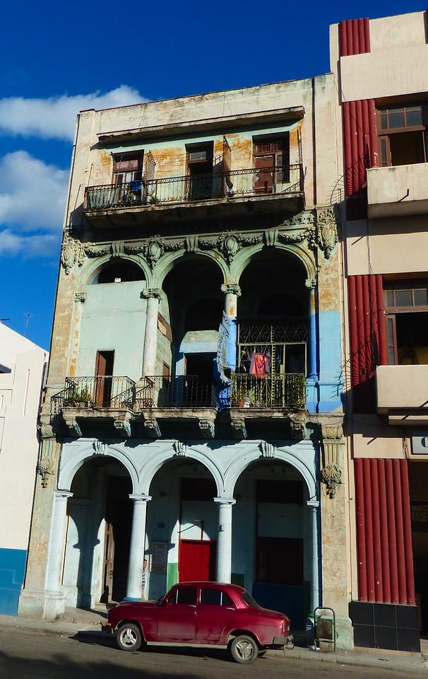 Havana - Old buildings