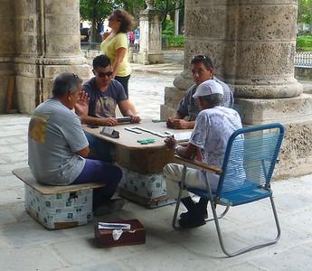 Havana - Many people play dominos