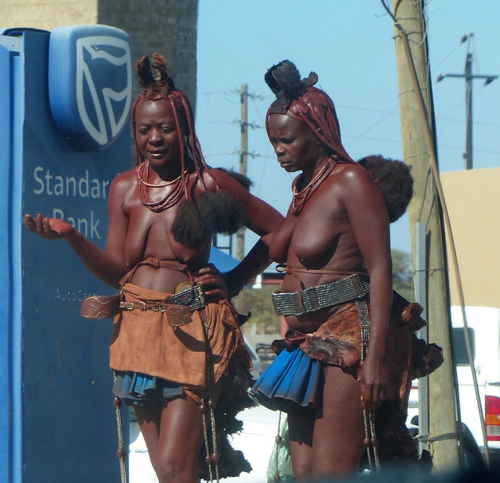 Himba women in  Opuwa.