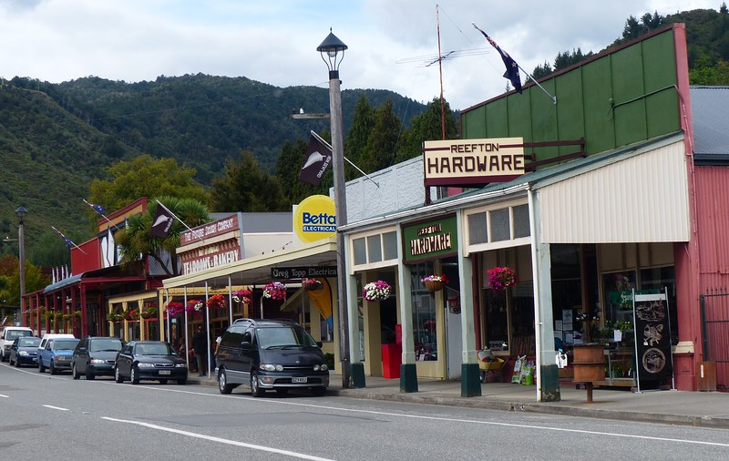 Reefton was one of our best stops. It was an old mining town that had seen better days. We enjoyed the shops and the walk along the river.