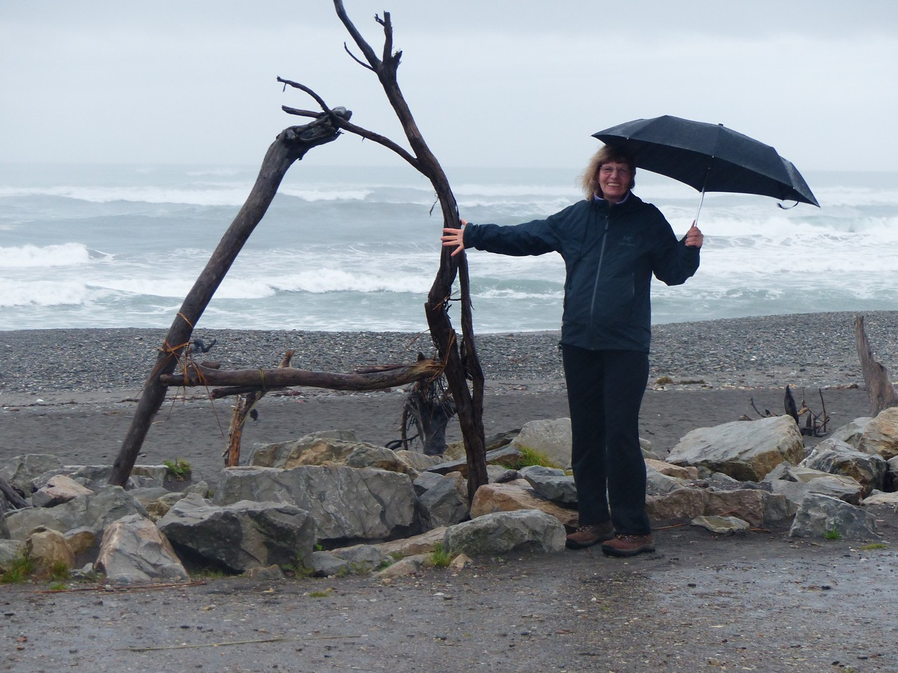 We spent 2 days in Hokitika. A huge storm had been forecast and we thought that we would wait it out.