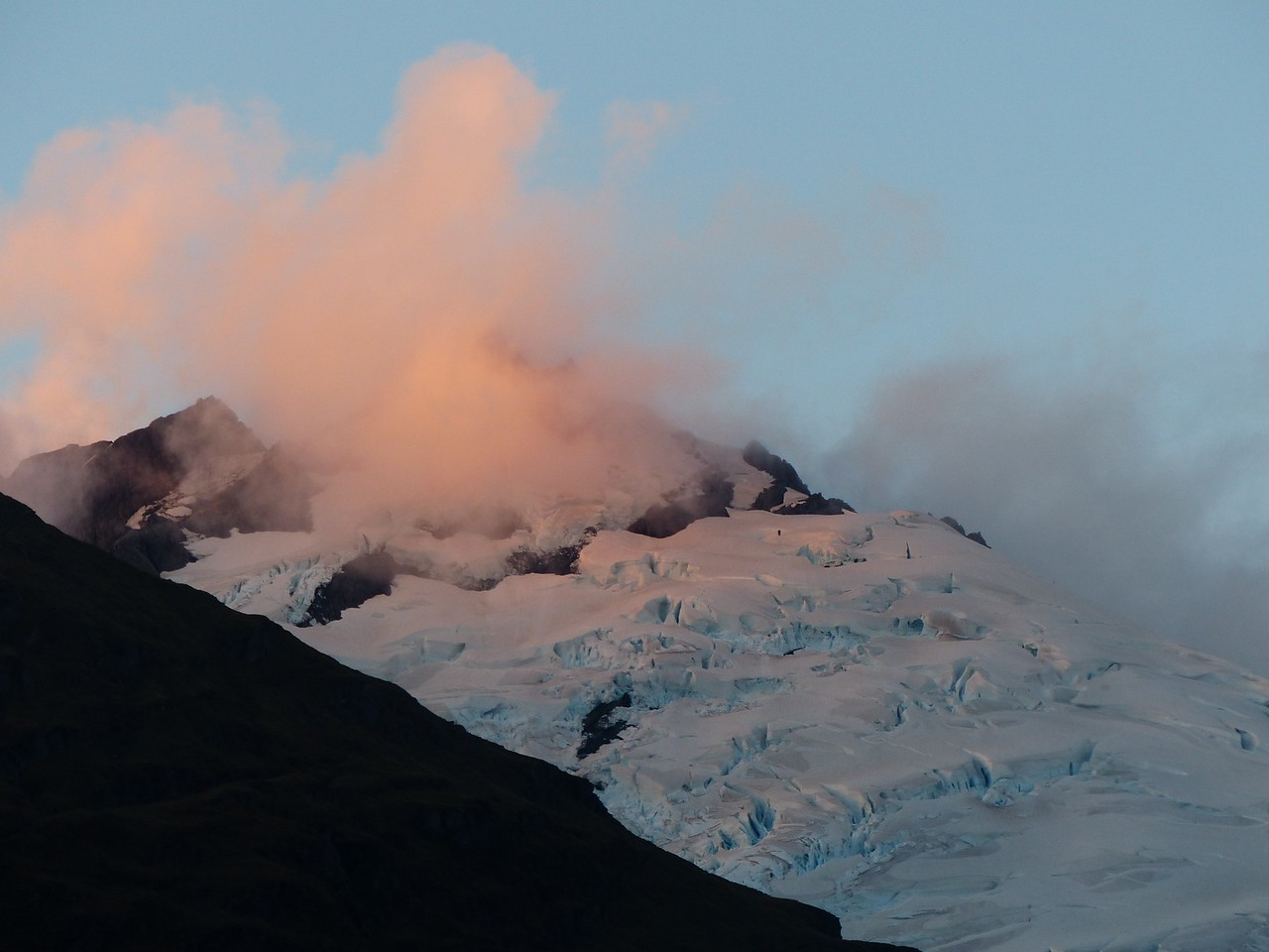 Mt. Aspiring backpack - view  from the hut.