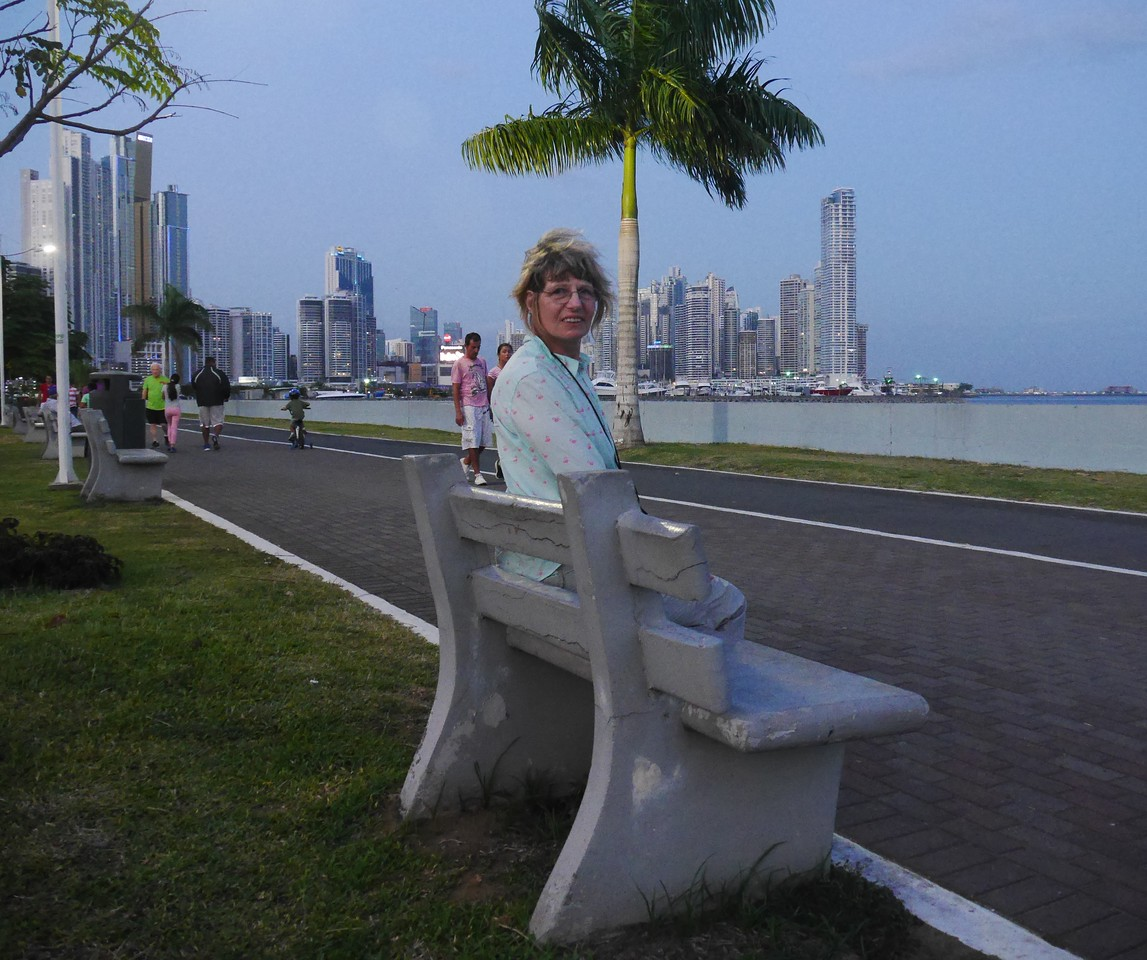 Our favorite Panama City pastime was walking along the ocean in the evening  with hundreds of locals, who were walking their dogs, riding bikes, pushing strollers,  and enjoying the comfortable evening temperature.
