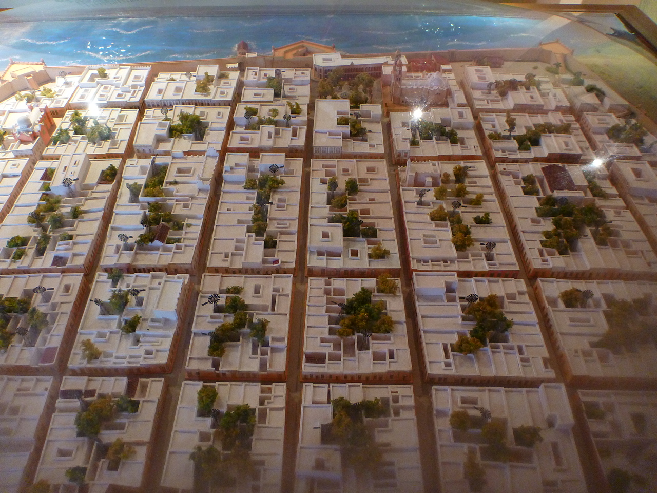 This is a model of Campeche that we see at the museum. Note the narrow streets and the large complex of buildings that cover each block.