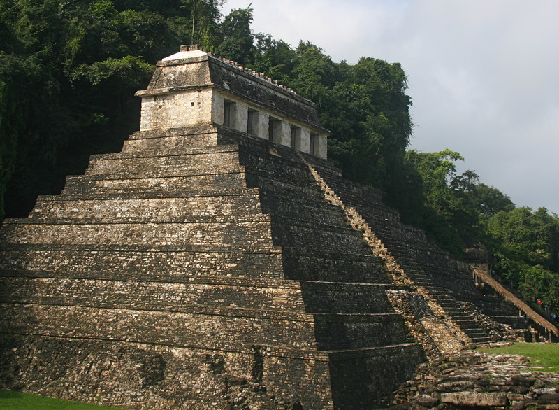 The Temple of the Inscriptions contains the Tomb of Pakal, one of few tombs found in the Mayan area.