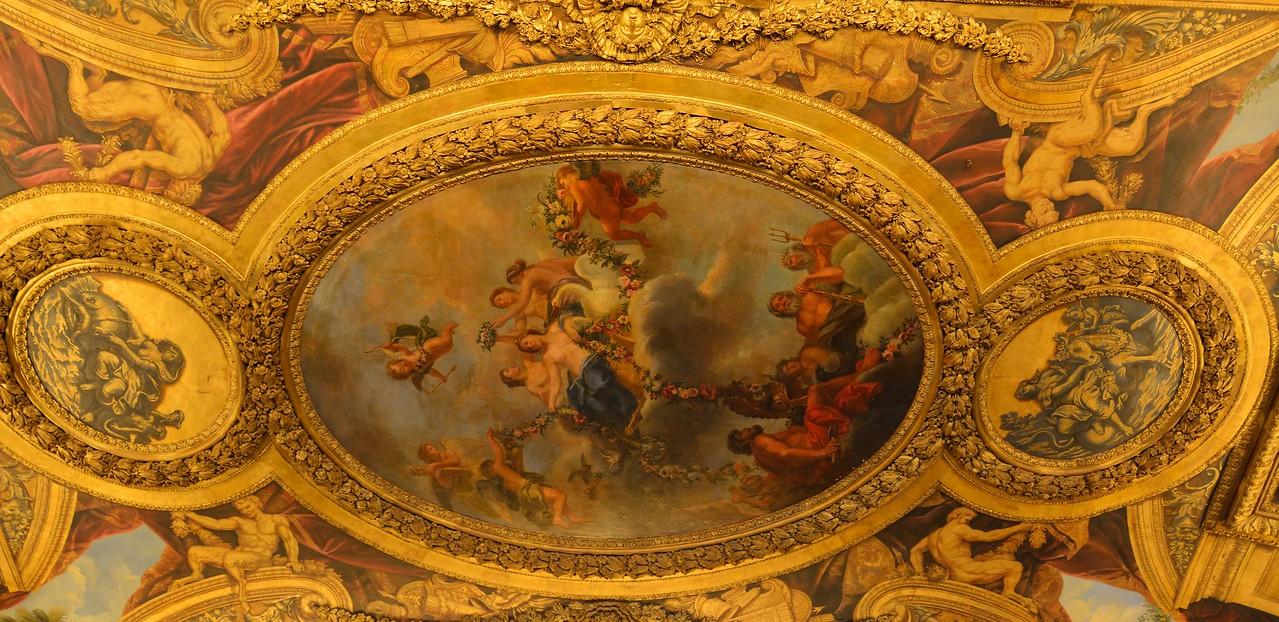 Ceiling of Salon de Vénus du Château de Versailles