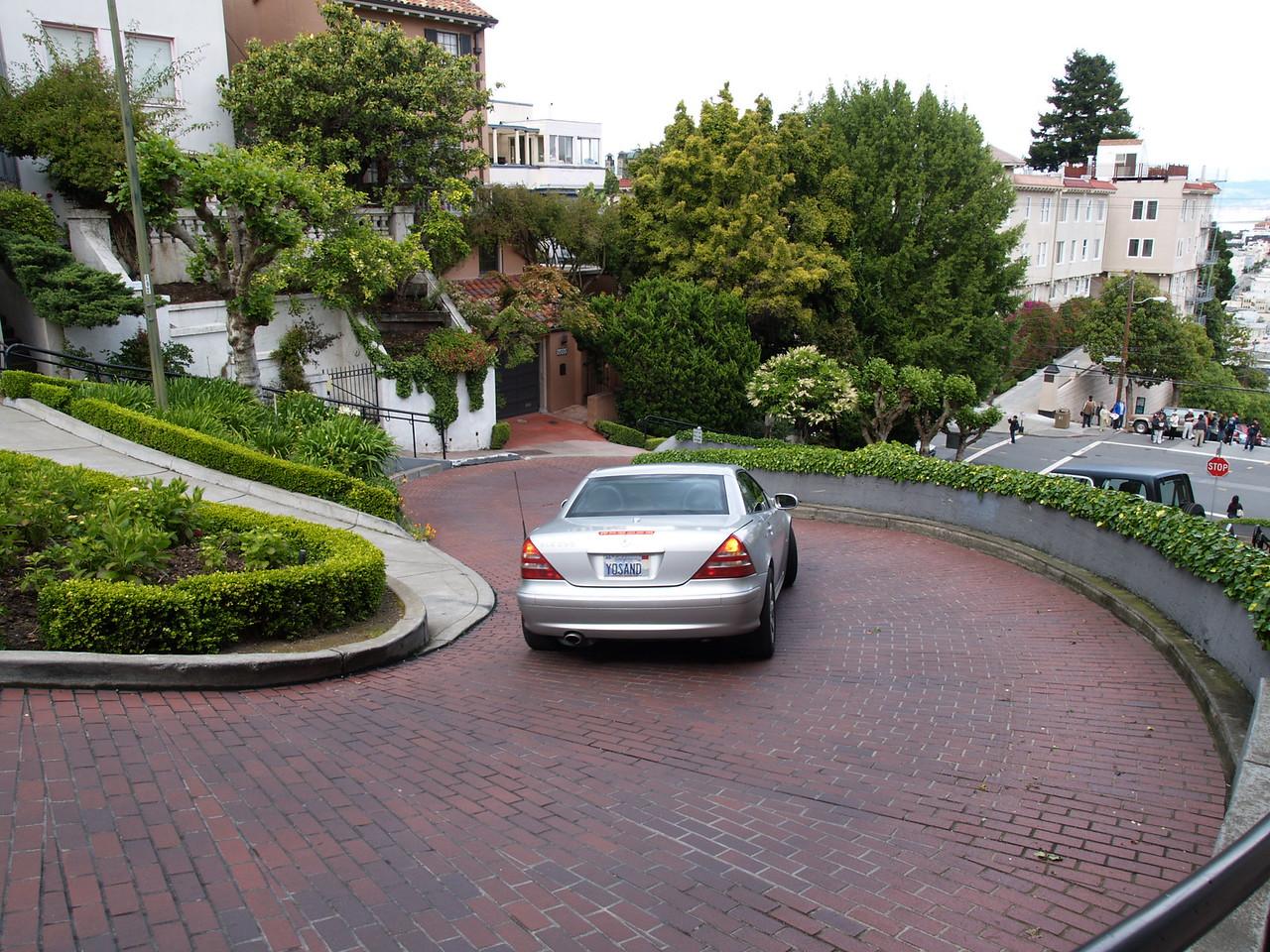 Navigating Lombard Street