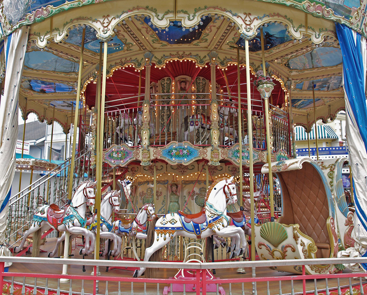 The Merry Go Round at Pier 39