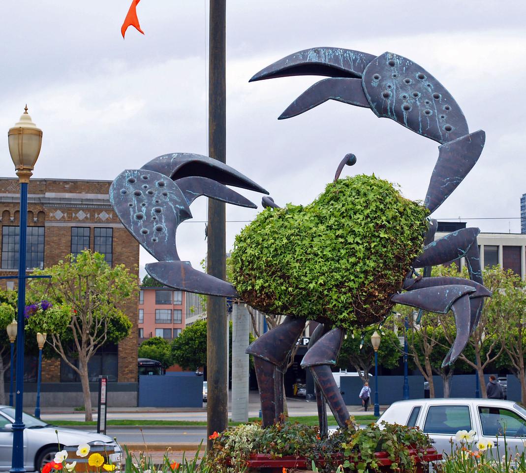 Crab Topiary at Fisherman's Wharf