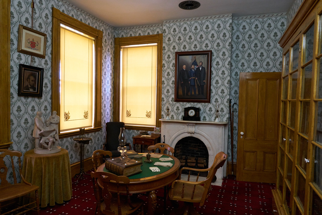 Library of Ulysses S. Grant Home