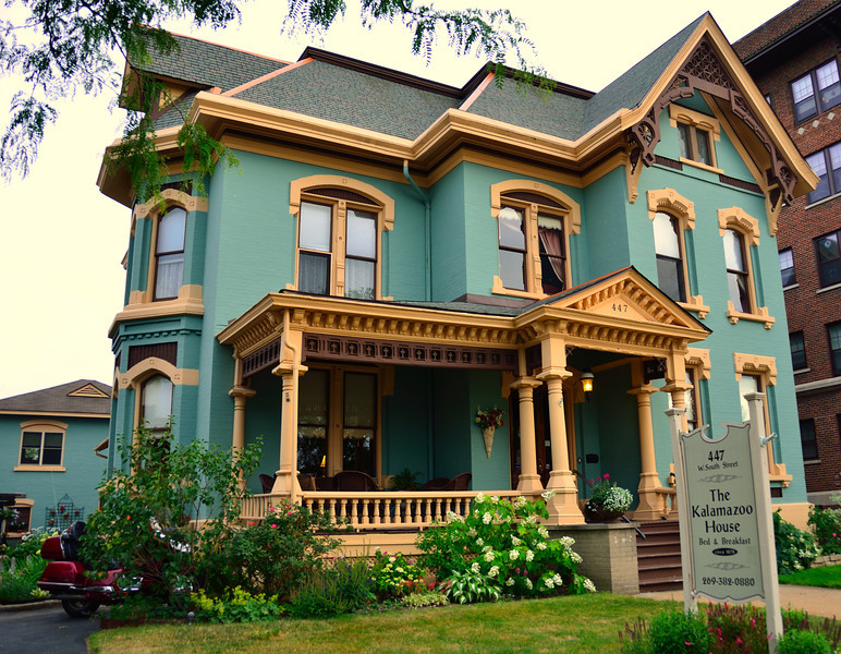 Built by David and Emily Lilienfeld in 1878, the home that is now the Kalamazoo House Bed & Breakfast is a beautiful example of Victorian architecture with Italianate and Eastlake influences.