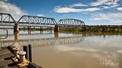 The old Murray Bridge
