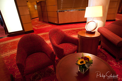 Grand Lobby Lounges