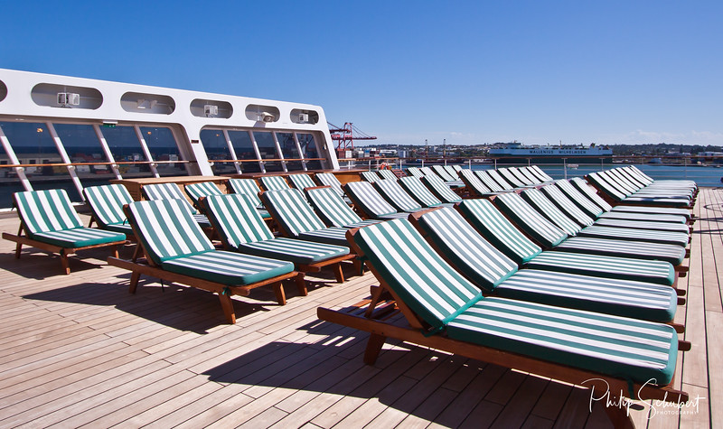 Terrace Pool Lounges - Deck 7