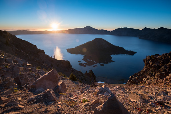 Sunrise at Crater Lake from Watchman Point