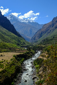 Urubamba River & Mount Veronica
