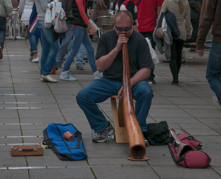 Local Performer