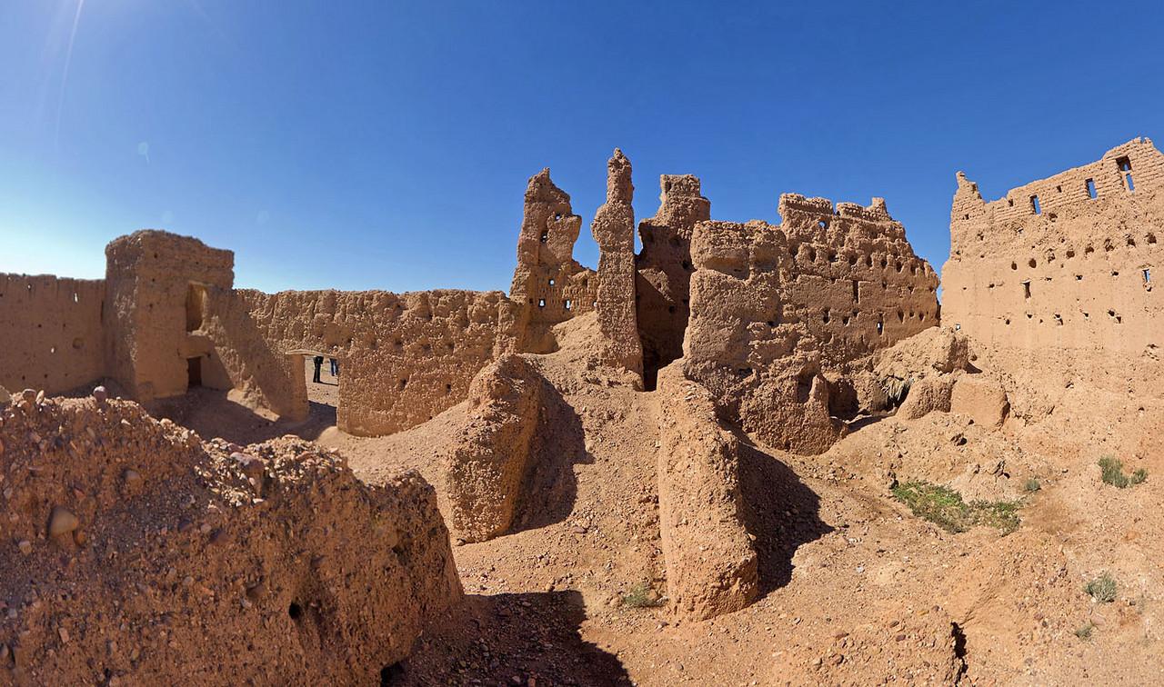 Decayed Kasbah on N10 near Skoura