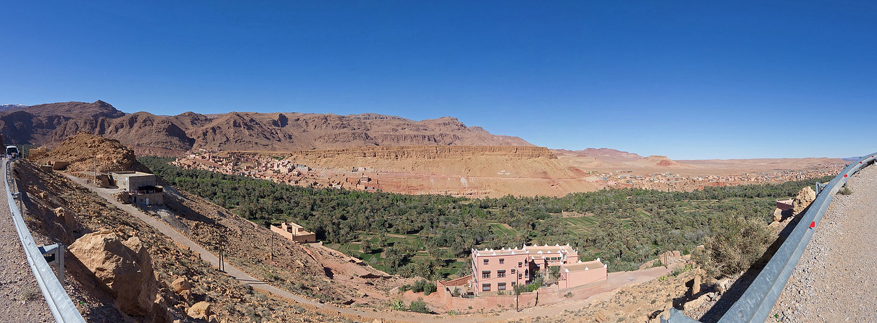 Kasbah and city of Asfalou between Todra Gorge and Tineghir - different view point, nearer to Todra Gorge