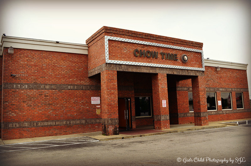 "September, 2014<br /> <br /> ""CHOW TIME"" Buffet and Grill<br /> 4207 Hacks Cross Rd.<br /> Memphis, TN<br /> Official website: <a href=""http://chowtimememphis.com"">http://chowtimememphis.com</a><br /> <br /> According to their website, it's ""Where The Best Of The East Meets West"" and it's ""The Best International Experience In Chinese And Home Cooking You'll Ever Indulge In.<br /> <br />  I ate here after viewing the scarecrows at Lichterman Nature Center. A former co-worker, TJ, had informed me of this place and how delicious the food is. She didn't lie and they didn't disappoint:). Surprisingly, I forgot to take my camera inside to take obligatory plate shots of our food:).<br /> <br /> View the ""Scarecrows at Lichterman Nature Center"" 2014 gallery here: <a href=""http://godschild.smugmug.com/Seasonal-Impressions-of-Fall/Scarevrows-Fall-Foliage-at-LNC"">http://godschild.smugmug.com/Seasonal-Impressions-of-Fall/Scarevrows-Fall-Foliage-at-LNC</a>"