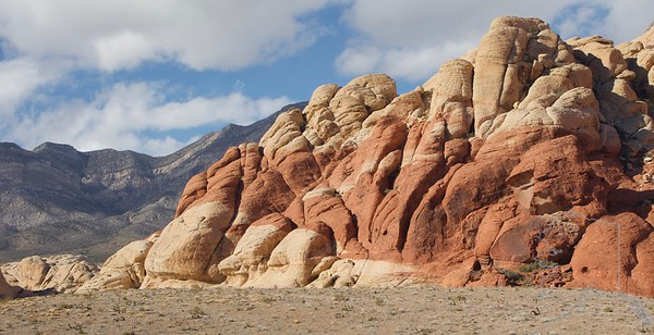 Red Rock Canyon National Conservation Area lies in Nevada's Mojave Desert. It's known for geological features such as towering red sandstone peaks and the Keystone Thrust Fault, as well as Native American petroglyphs. Panoramic viewing spots dot the 13-mile Scenic Drive. The sheltered Ice Box Canyon has seasonal waterfalls. To the south, Spring Mountain Ranch State Park features historic buildings and hiking trails.