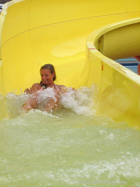 Melissa readying for the end with a big splash.
