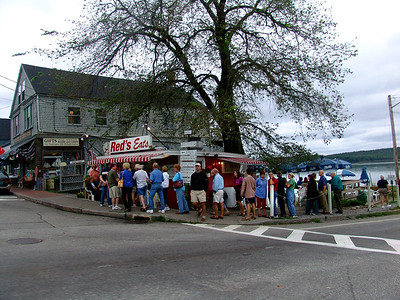 Red's Eats famous for its Lobster Roll Wiscasset, Maine