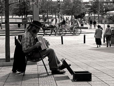 Street musician, Old Montreal