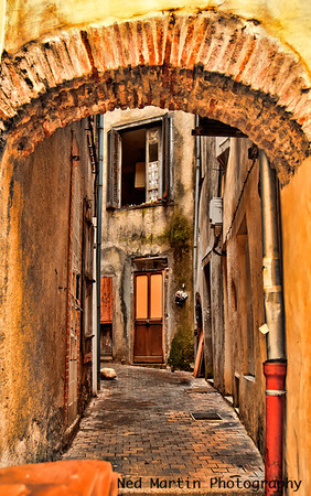 Foix alley
