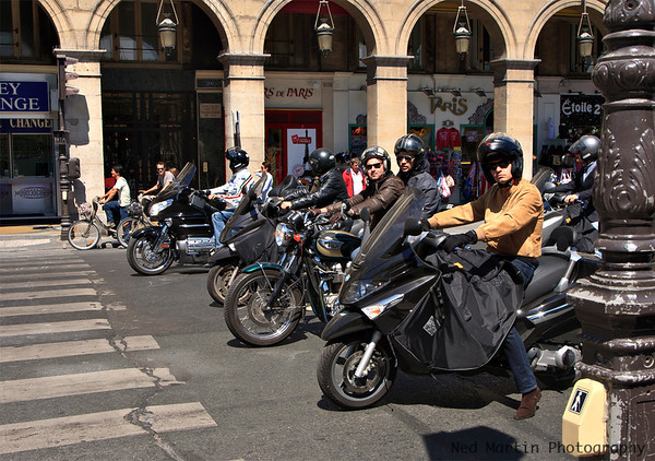 Lined up for the light, Rue De Rivoli, Paris, France