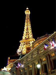 Las Vegas Eiffel Tower at night
