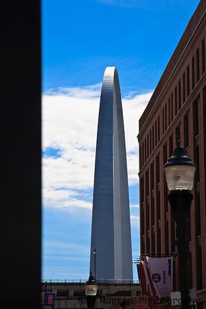 Street view of Gateway Arch, St. Louis